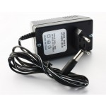 Verkkolaite 5V/700mA 2,1DC